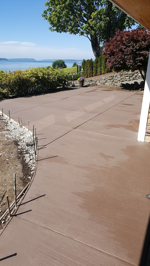 1 Solid Color Broom Finish Back Patio
